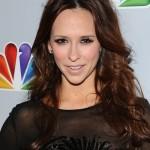 Jennifer-Love-Hewitt-Long-Wavy-Cut-2012